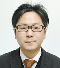 置田 圭三 氏